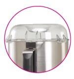 Крышка из поликарбоната предусмотрена для добавления жидкости