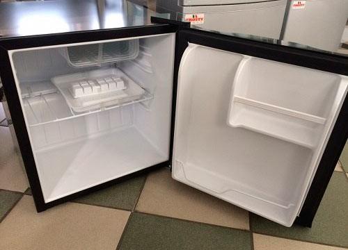 Мини холодильник Frosty BC-46