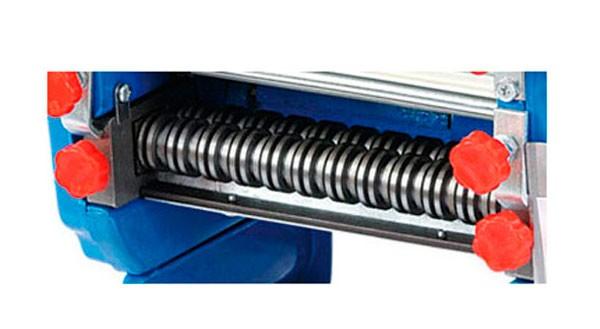Насадка-лапшерезка 3 и 9 мм. для тестораскатки GoodFood NM200